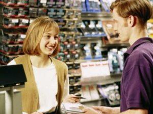 Продавцы должны обеспечить отсутствие очередей, предпринимая для этого все возможное.